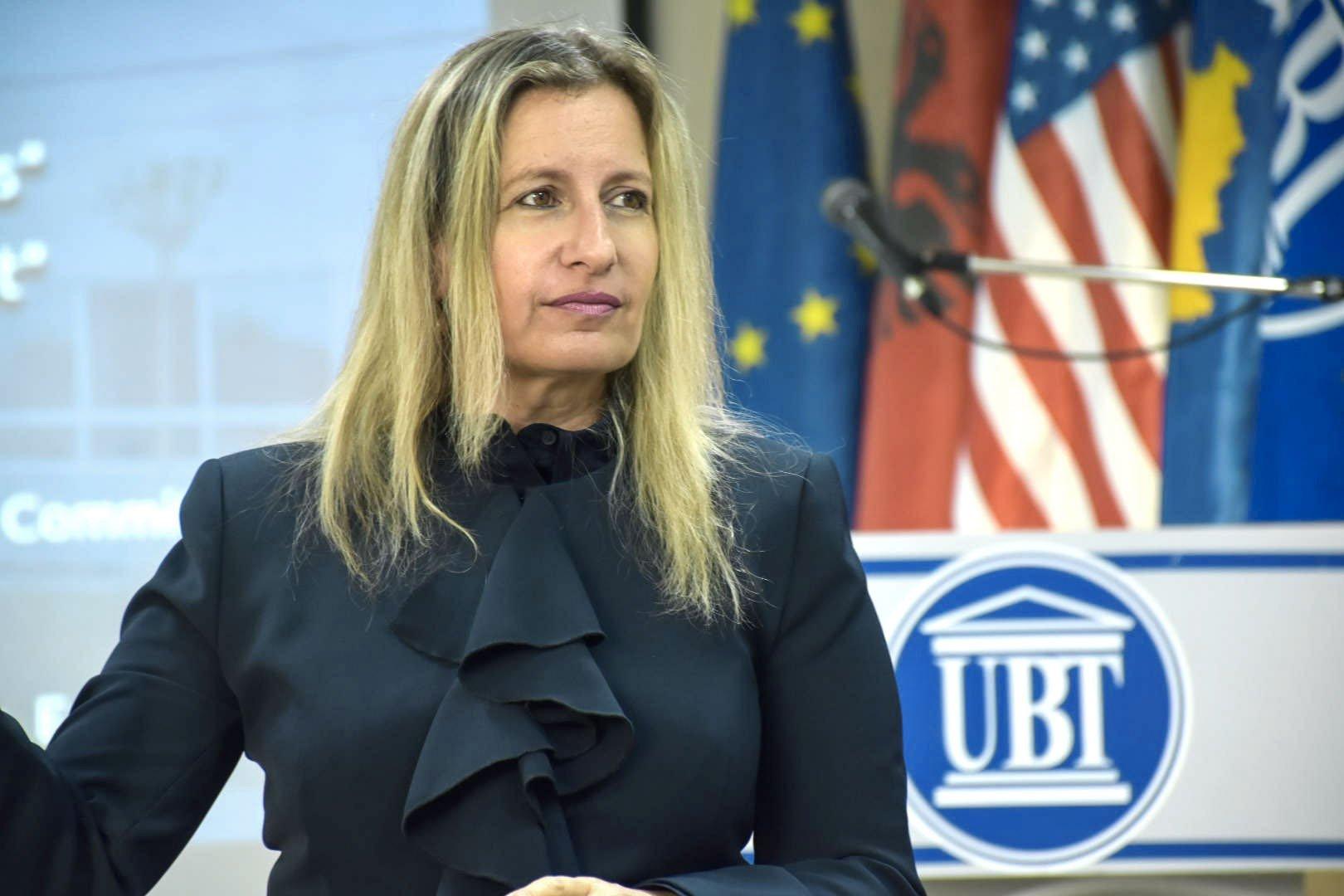 Leibovich Avital mban ligjëratë tematike për studentët e UBT-së