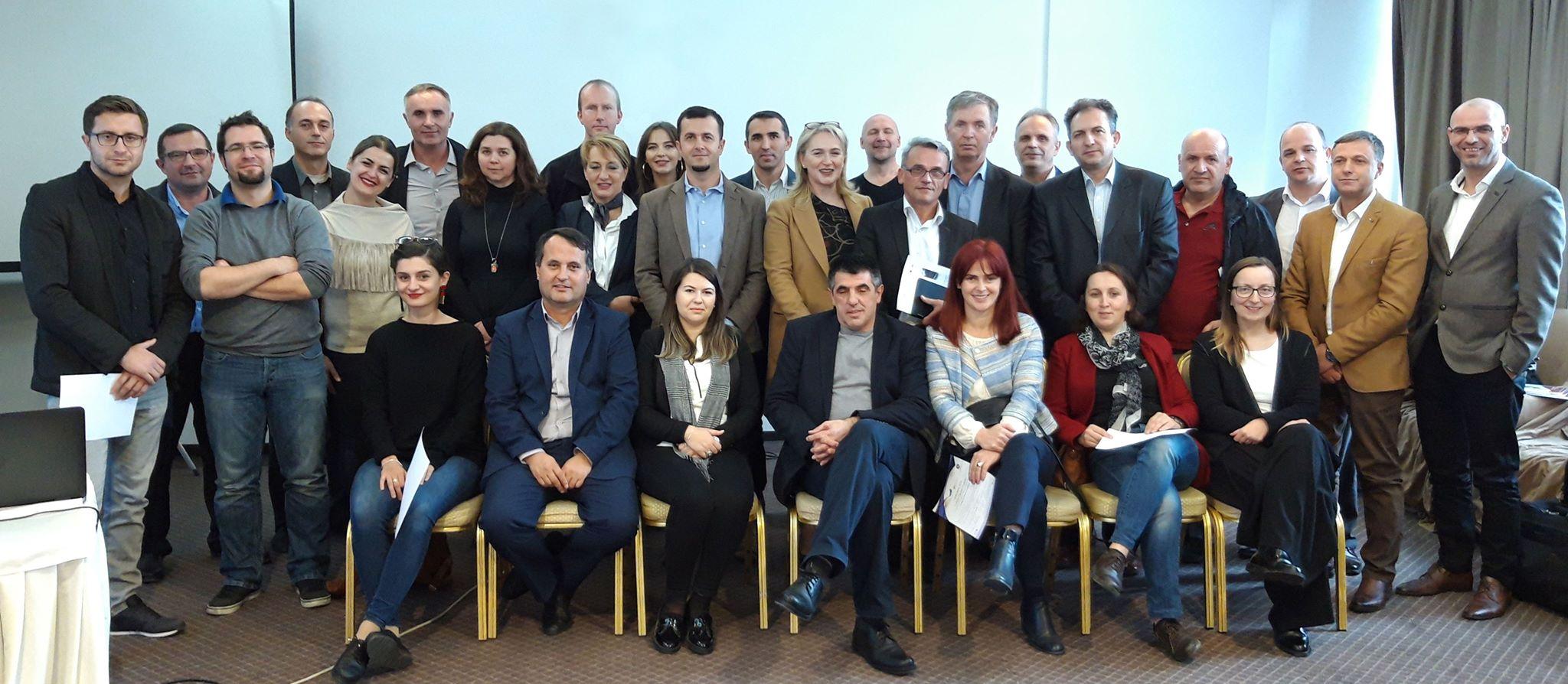 Tre profesorë të UBT-së certifikohen si trajnerë për auditimin e energjisë në Kosovë