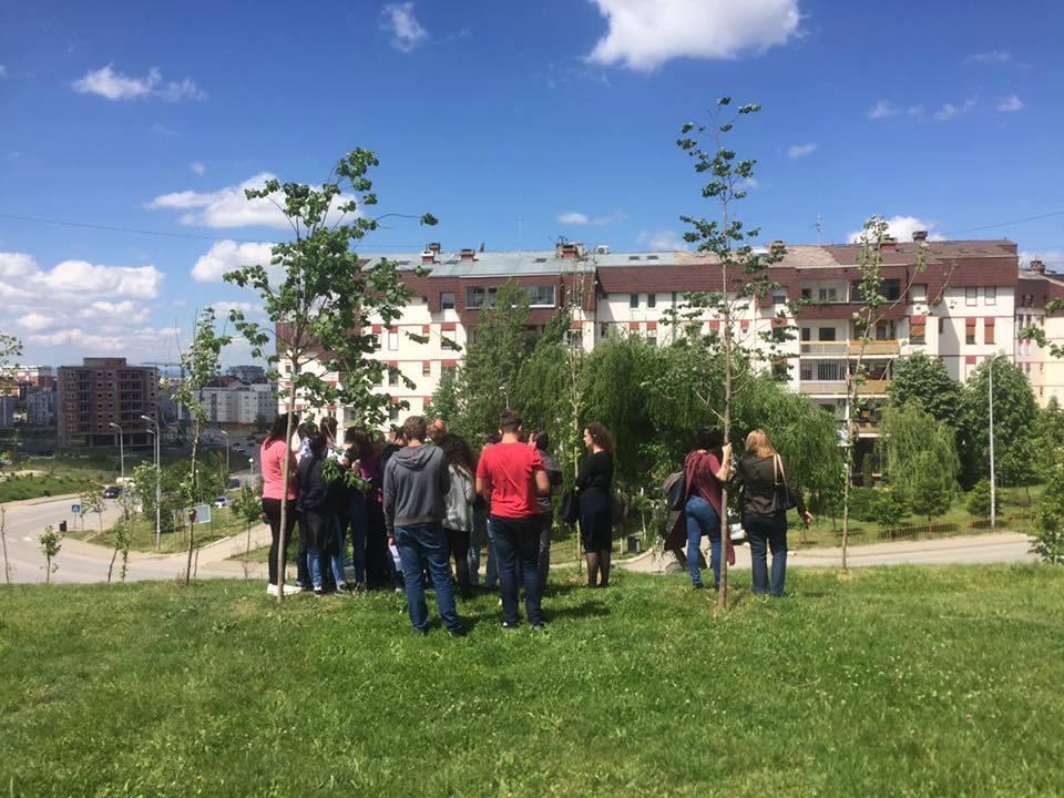 Studentet e UBT-së, pjesë e ekipit punës për dizajnimin e hapësirave publike në kuadër të projektit YPLAN Kosova