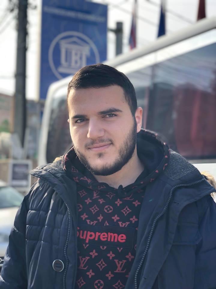 Studenti Çlirim Qeriqi është punësuar në IndeksOnline