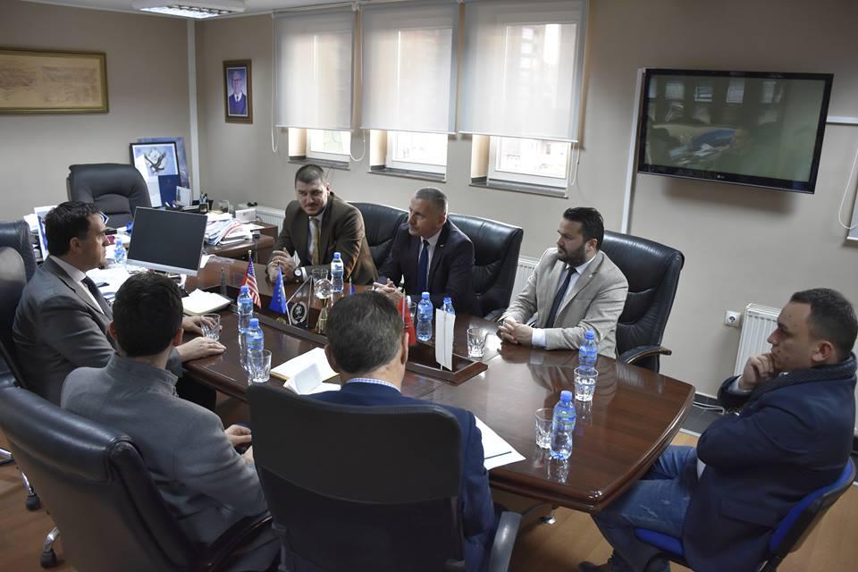 Diskutohen mundësitë e bashkëpunimit në mes të UBT-së dhe komunës së Bujanocit
