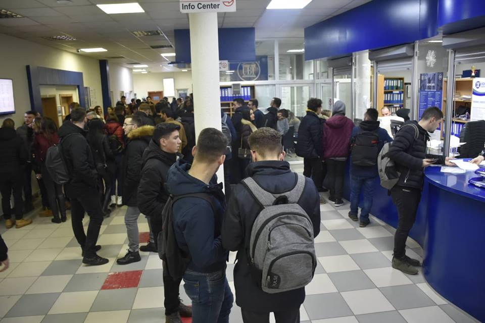 Qindra studentë kanë transferuar studimet në UBT – Aplikimi ende i hapur