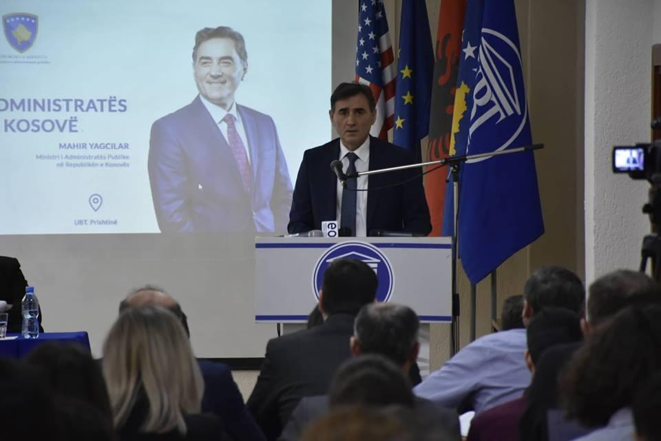 Ministri Yagcilar: Depolitizimi dhe transparenca pjesë e reformës për administratën publike (Video)