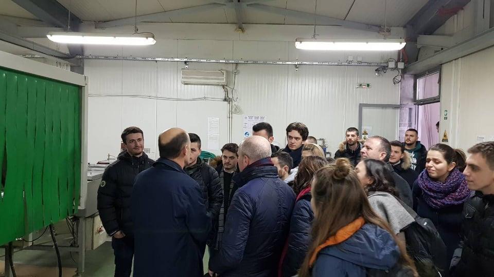 Studentët e Inxhinierisë së Energjisë vizituan Impiantin e Biogazit në Tetovë
