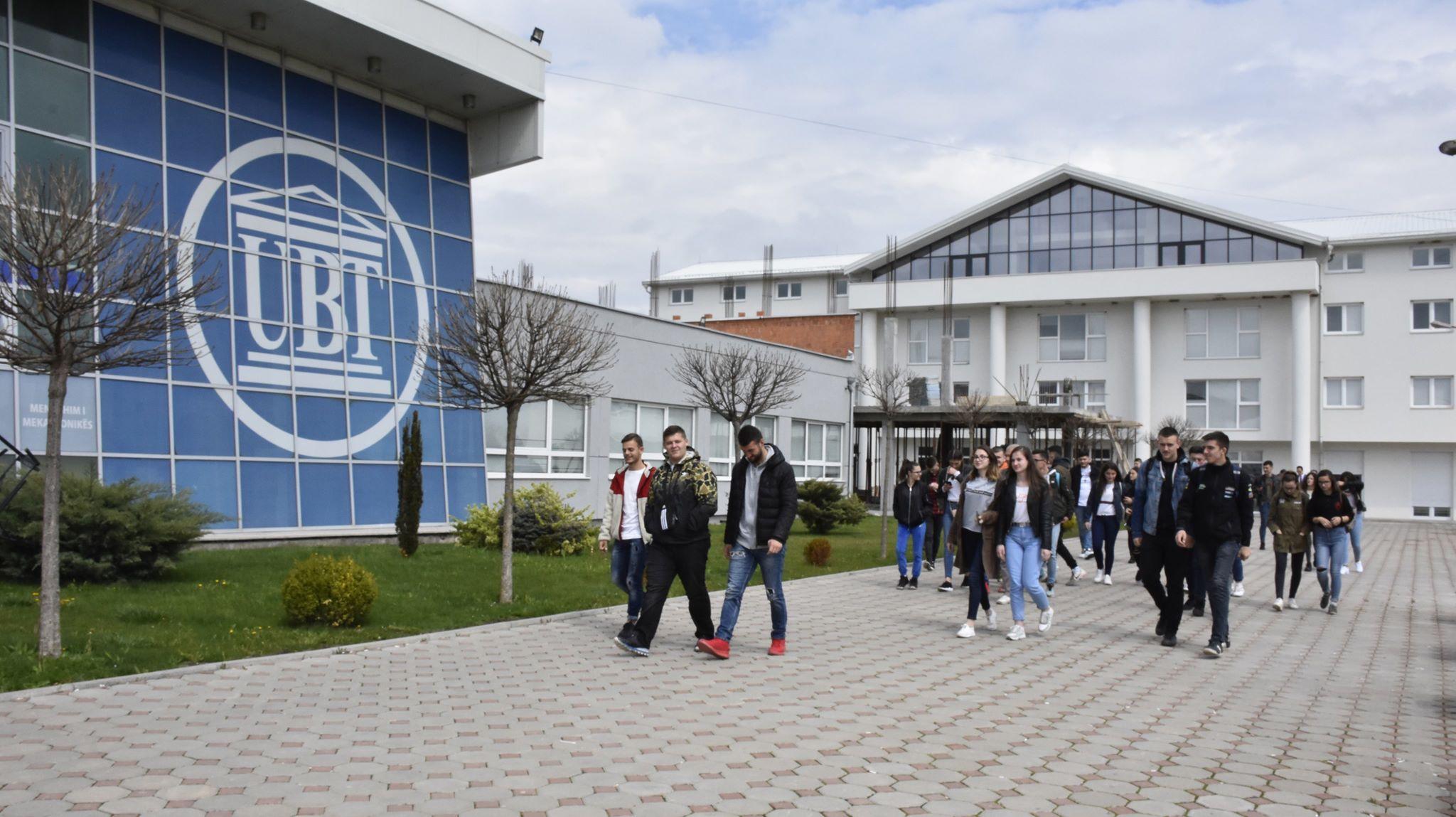Maturantët e Gjilanit të vendosur për të studiuar në UBT (Foto& Video)
