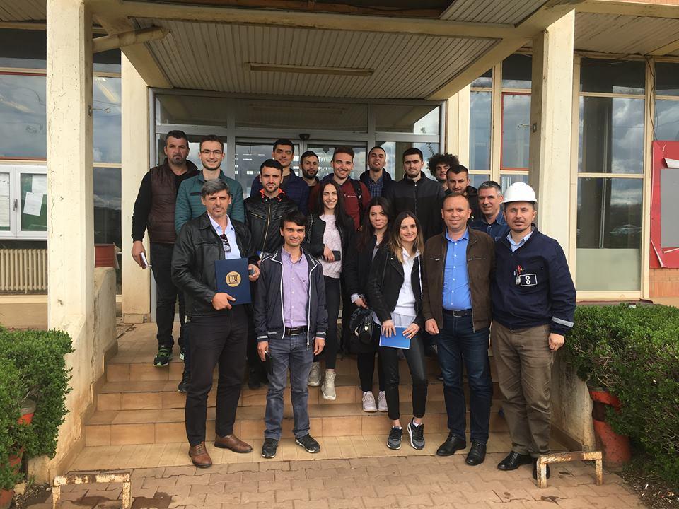 """Studentët e Inxhinierisë së Energjisë vizitojnë fabrikën """"NewCo Ferronikeli"""""""