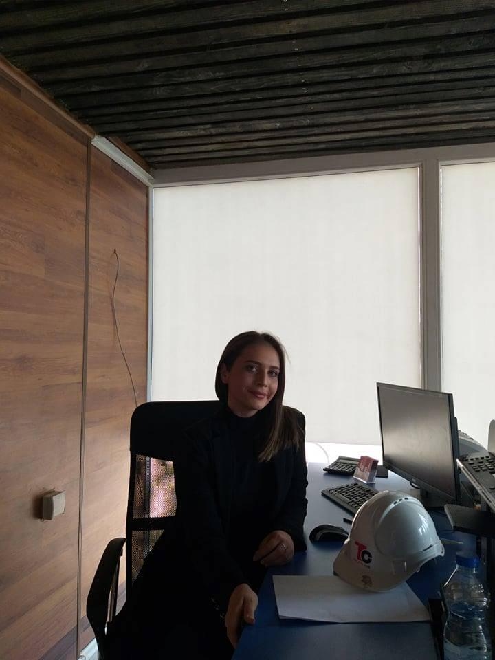 """Ish-studentja Arda Hasani, arkitekte në kompanitë """"Swiss Bau"""" dhe """"Teuta.cos"""""""