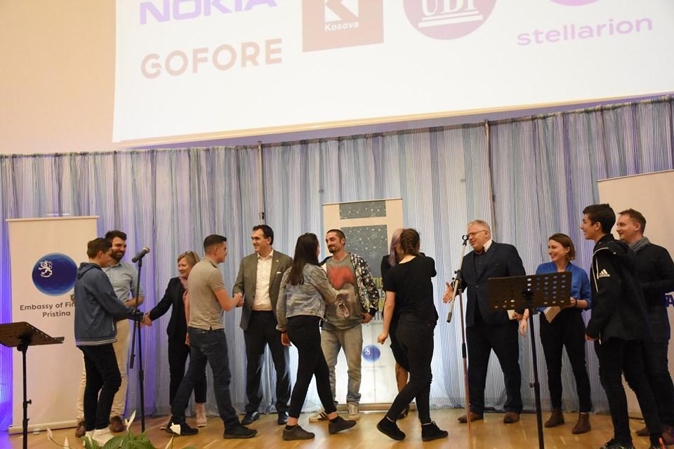 """UBT përkrahi garën """"Innovation And Problem Solving"""", të Ambasadës së Finlandës në Kosovë"""