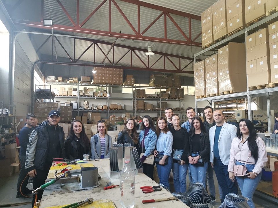UBT students of Architecture received information on metal processing at the ZINKUNIE Factory