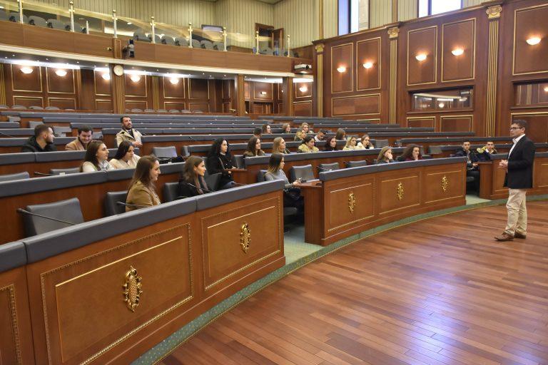 Programi i Shkencave Politike në UBT, fakultet që ju siguron diplomë të dyfishtë dhe të njohur ndërkombëtarisht