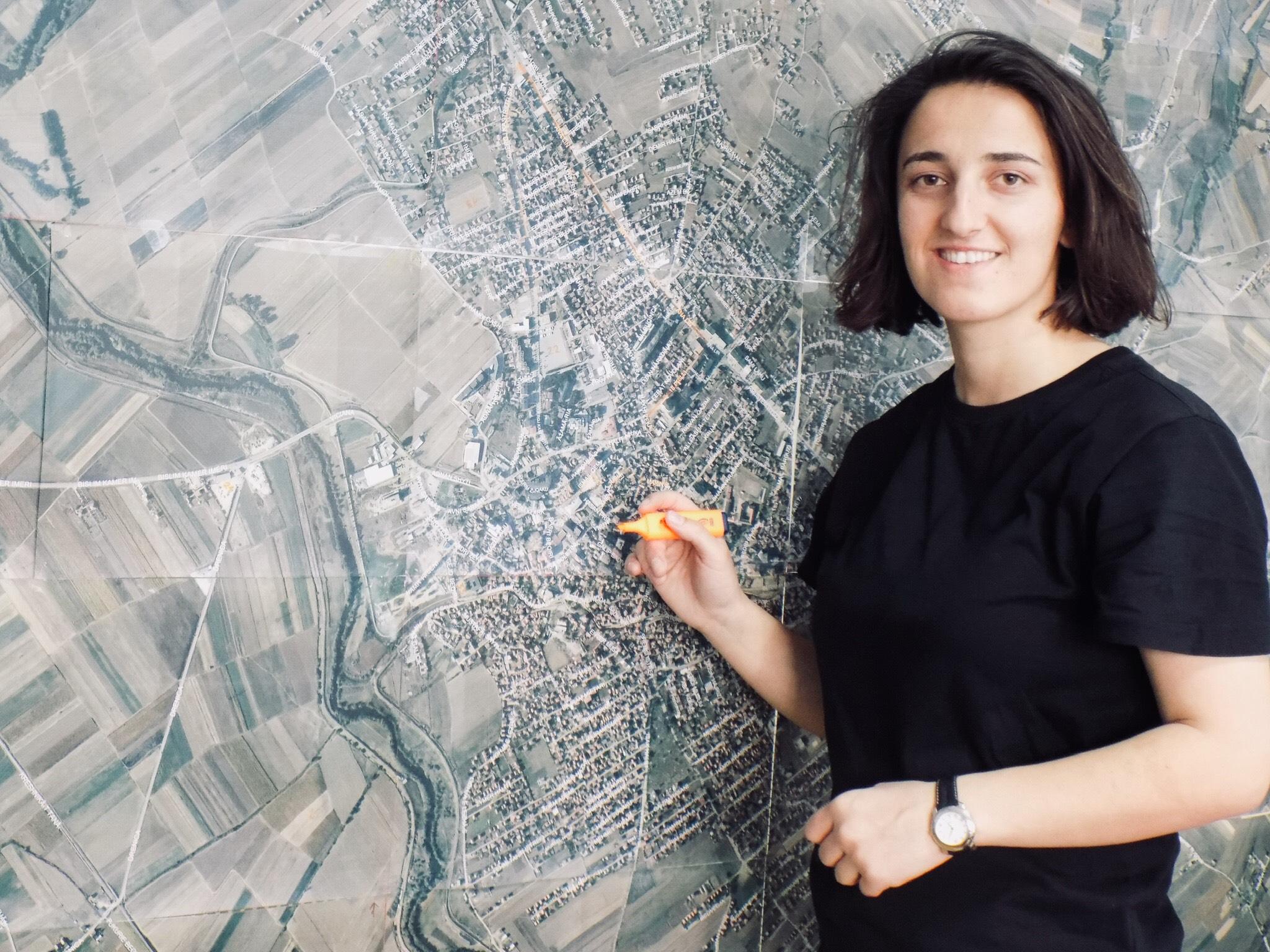 Ish-studentja e UBT-së punësohet si asistente për hartimin e hartës zonale nga UN – Habitat dhe Komuna e Vushtrrisë