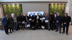 EON Reality dhe UBT trajnojnë dhe certifikon profesorët për realitet virtual ose AVR Edukator