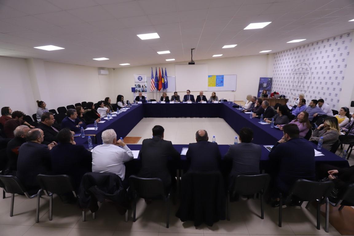 Në UBT u diskutua për coronavirusin, Kosova ende e paprekur