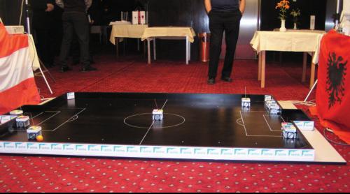 Gara e pare e roboteve ne Kosove ndermjet ekipit te Kosoves dhe atij te Austrise