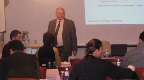 Ligjerata e prof.dr Schwaertzell, Universiteti teknologjike i Munihut dhe udheheqes shumevjeqare ne kompanin ''Siemens''