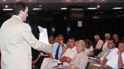 Rektori i UBT-se prezanton misionin dhe strategjine e UBT-se para MASHT-it